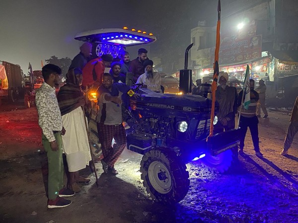 Tractor DJ at Singhu border acts as a morale booster for protesting farmers at Singhu border on Friday night (Photo/ANI)