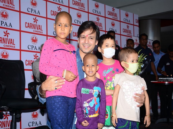 Actor Vivek Oberoi with underprivileged children battling cancer