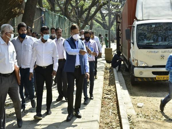 BBMP administrator Gaurav Gupta reviews progress of Smart City road projects (Photo/ ANI)