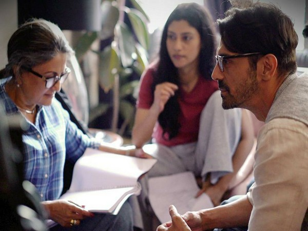 A behind-the-scenes picture from 'The Rapist' featuring Aparna Sen, Konkona Sen Sharma, Arjun Rampal