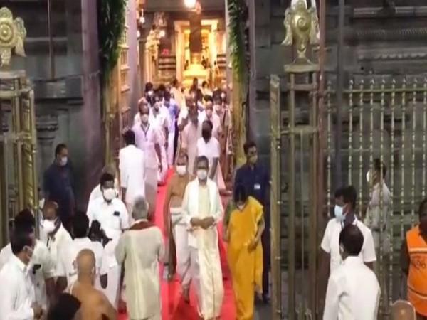 NV Ramana offered prayers at Lord Balaji temple in Turumala on Thursday. [Photo/ANI]