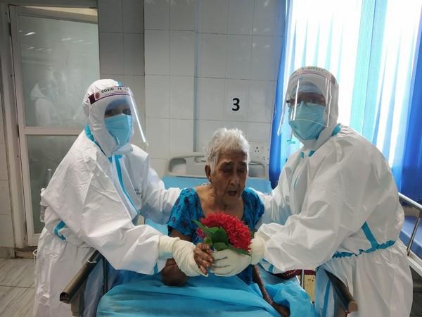 95-year-old Nandarani Acharya before leaving the hospital