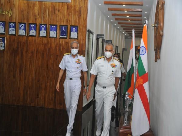 Vice Admiral R Hari Kumar receiving Chief of the Naval Staff Admiral Karambir Singh