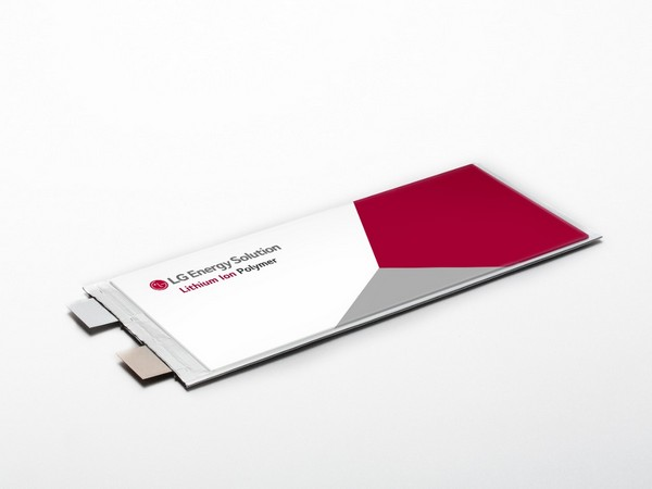 LG Energy Solution's pouch type battery. (Photo: LG Energy Solution)