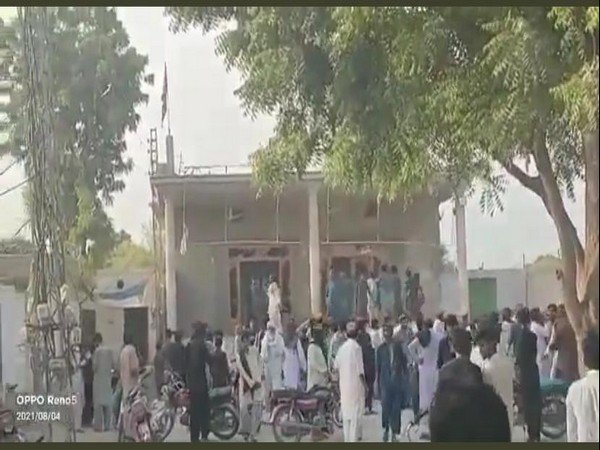 A mob gathered outside temple in n Bhong city in Rahim Yar Khan district