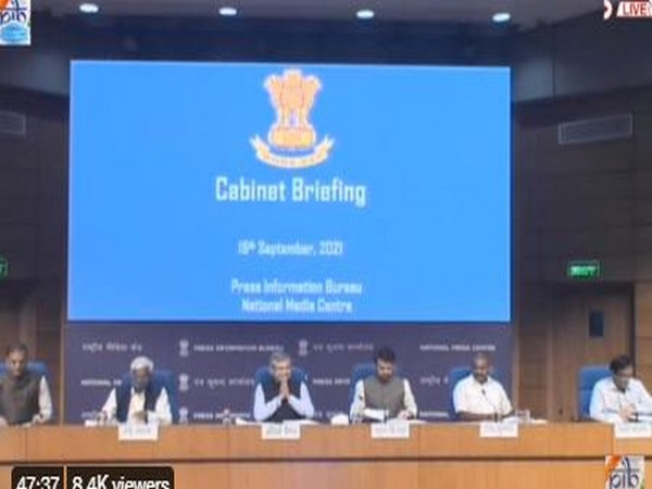 Cabinet Briefing (Photo/Twitter: PIB)