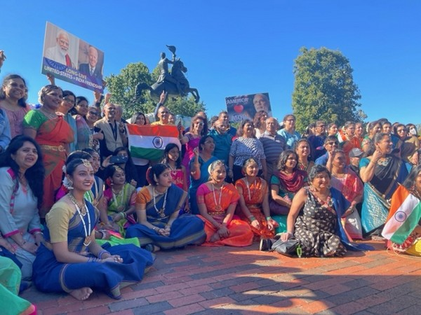 Indian-Americans gather outside White House