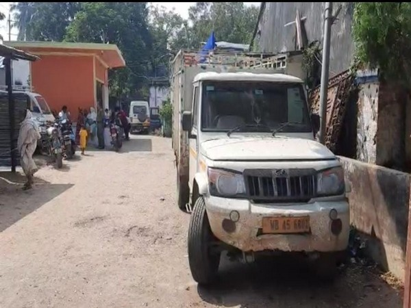 Truck loaded with explosive caught on Wednesday in WB