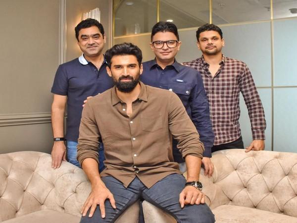 Aditya Roy Kapur with the makers of 'Thadam' remake