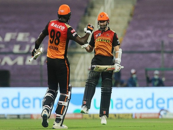 Kane Williamson and Jason Holder (Photo: BCCI/ IPL)
