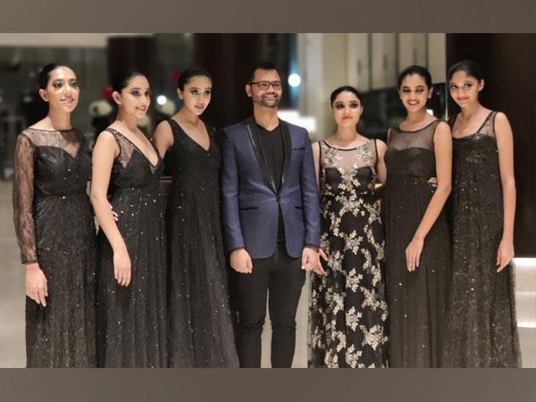 Winners of Ignite India Model Hunt with Designer Govind Kumar Singh