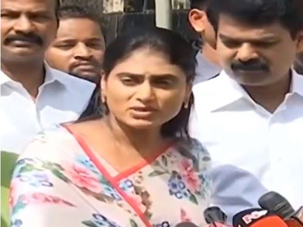 YS Sharmila promises to bring back Rajanna Rajyam in Andhra Pradesh if her party is voted to power in the Assembly polls. Photo/ANI