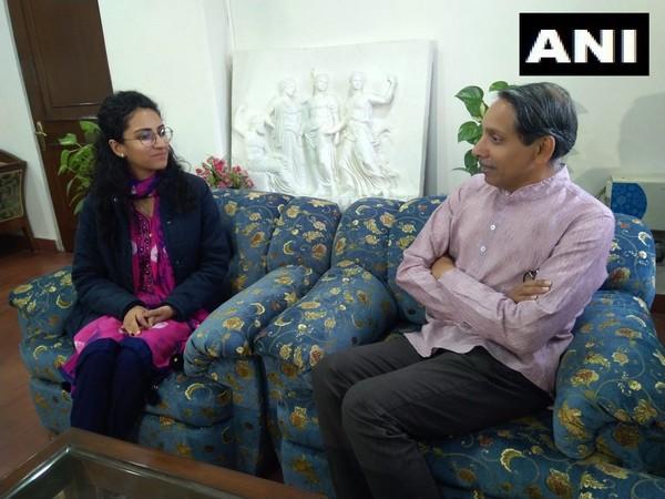 Yashaswini Saraswat meets JNU Vice Chancellor M Jagadesh Kumar