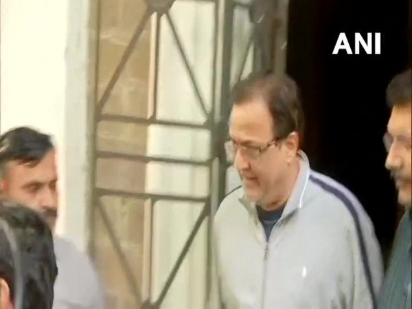 Banking regulator cracks down on Yes Bank