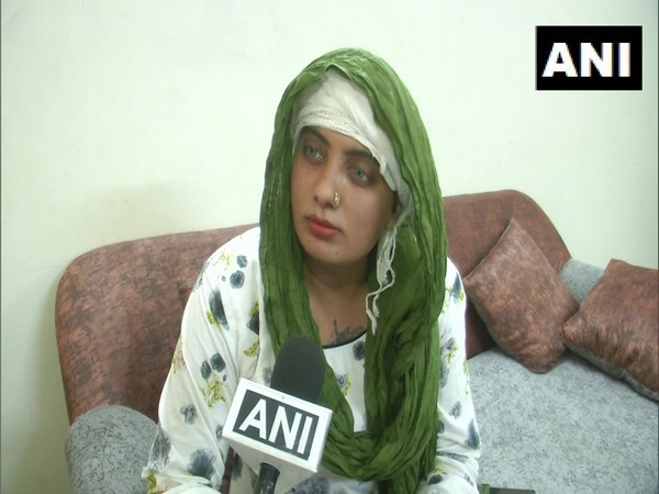 Zoya Khan, India's first transgender operator of Common Service Centre (CSC) in Vadodara, Gujarat speaking to ANI on Saturday. (Photo/ANI)