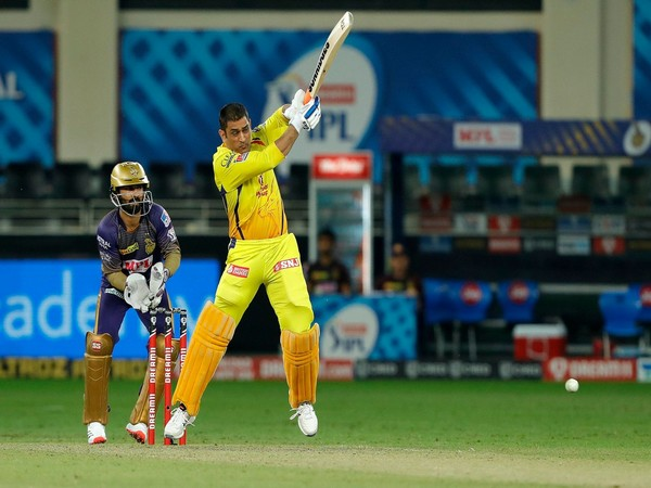 CSK skipper MS Dhoni in action against KKR (Photo/ iplt20.com)