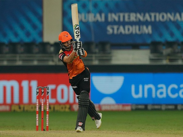 SRH's Manish Pandey in action against RR (Photo/ iplt20.com)