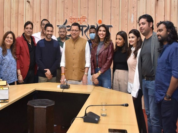 Team 'Forensic' with Chief Minister of Uttarakhand- Pushkar Singh Dhami