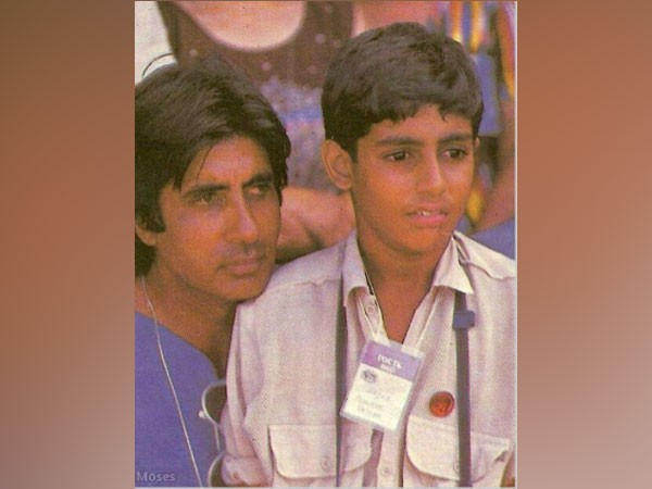 Amitabh Bachchan and son Abhishek Bachchan (Image Source: Instagram)