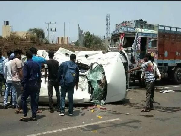 Five dead as car collides with truck in Belgaum, Karnataka on Sunday