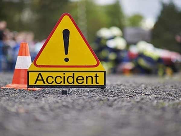 Andhra Pradesh: 3 dead, 4 injured in road accident