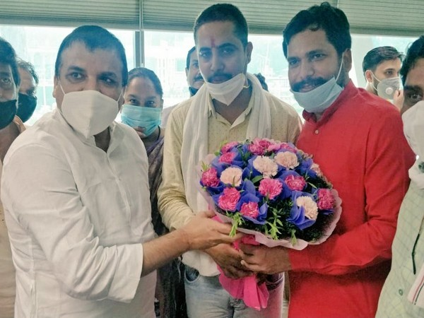 Jitendra Kumar of South MCD and Ajay Sharma of North MCD won the election to become members of the standing committees of the MCDs.