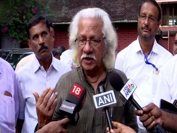 Filmmaker Adoor Gopalakrishnan speaking to reporters in Thiruvananthapuram on Friday. Photo/ANI