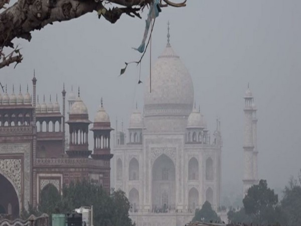 Taj Mahal at Agra, Uttar Pradesh