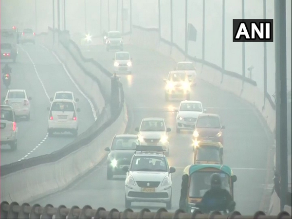 Delhi witness severe AQI and moderate fog in isolated pockets on Friday. (Photo/ANI)