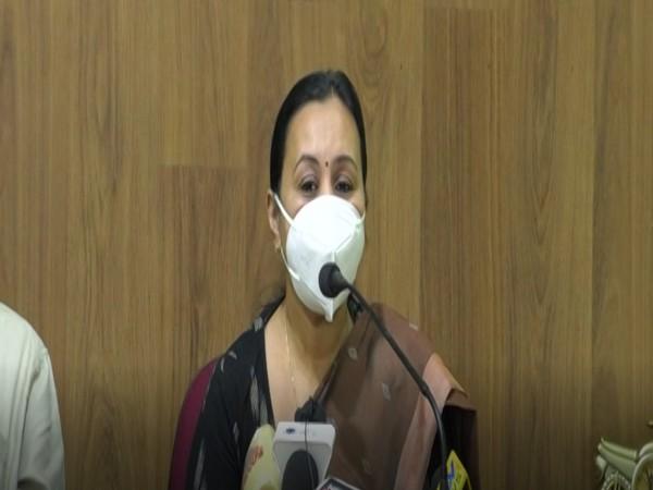 Kerala Health Minister Veena George addressing a press conference (Photo/ANI)