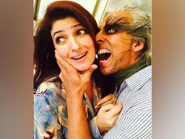 Akshay Kumar's humorous way of wishing his wife-Twinke a very happy anniversary (Image courtesy: Instagram)