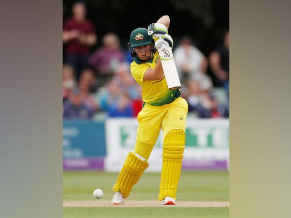 Australia batter Alyssa Healy