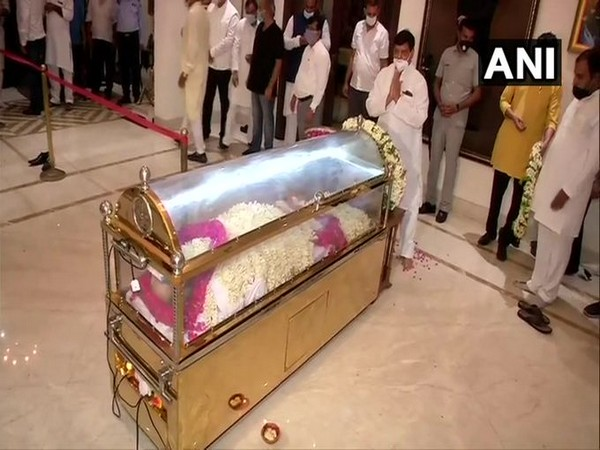 Mortal remains of senior leader Amar Singh brought to his residence in Delhi on Sunday.