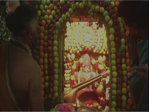 The Mahali Amman Temple was decorated with around 2000 kilograms of fruits on Friday. Photo/ANI