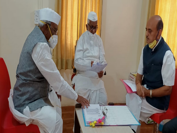 A visual from the meeting between BJP leaders and social activist Anna Hazare in Maharashtra's Ahmednagar district on Monday. (Photo/ANI)