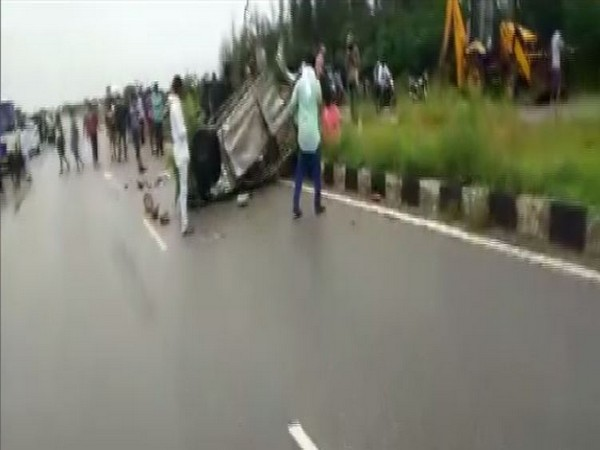 Three died and one was injured in road accident in Anantapuram district of AP. (Photo/ANI)