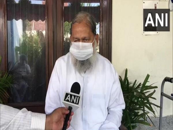Haryana Minister Anil Vij speaking to ANI on Sunday. [Photo/ANI]