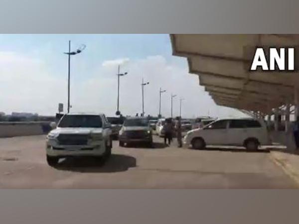 Captain Amarinder Singh leaves for Delhi. [Photo/ANI]