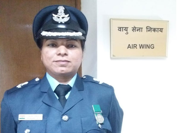 Indian Air Force Wing Commander Anjali Singh (Picture Credits: Indian Mission in Russia/Twitter)