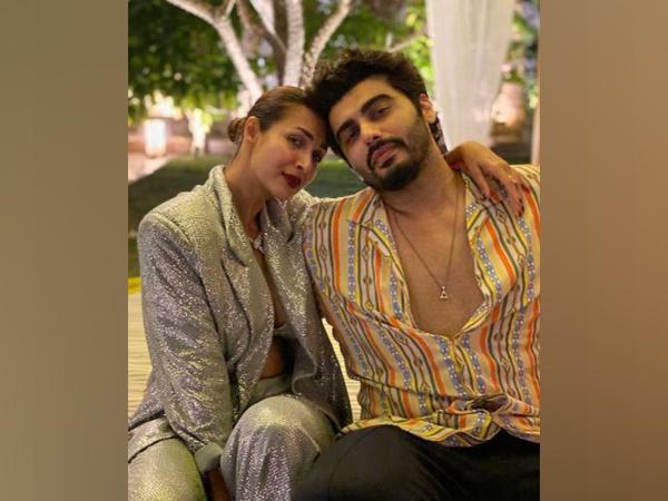 Malaika Arora with Arjun Kapoor (Image Source: Instagram)