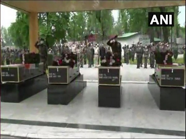 Wreath-laying ceremony of Indian soldiers who lost lives in Handwara encounter held. Photo/ ANI