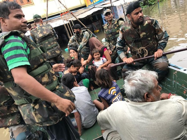 A team of Sapta Shakti Command of Indian Army during the rescue efforts in Jhalawar district on Sunday. photo/ANI