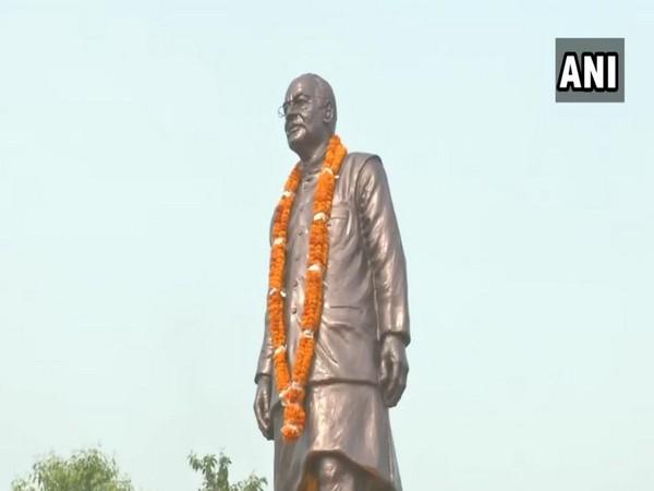Arun Jaitley's statue unveiled in Patna. Photo/ANI