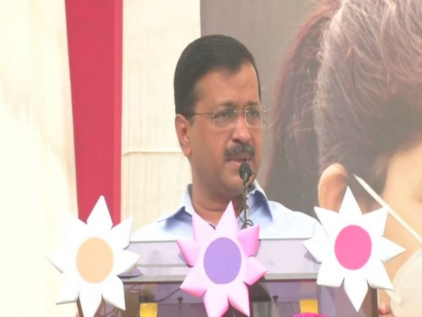 Delhi CM Arvind Kejriwal addresses school children in New Delhi on Thursday [Photo/ANI]