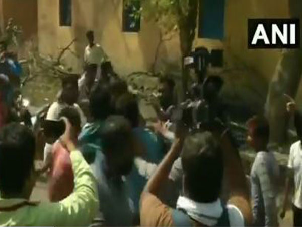 Violence in Asansol during polling.