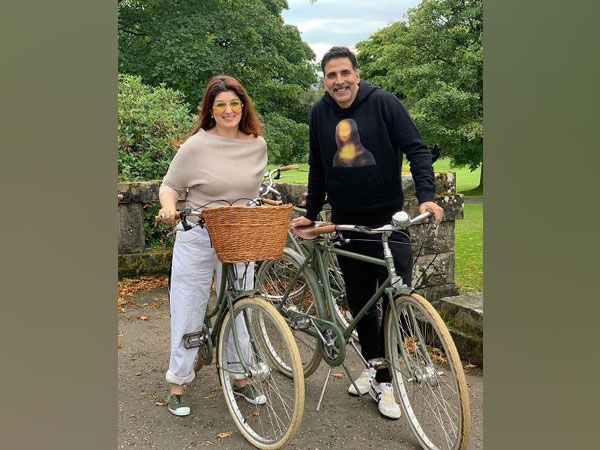 Twinkle Khanna and Akshay Kumar (Image courtesy: Instagram)