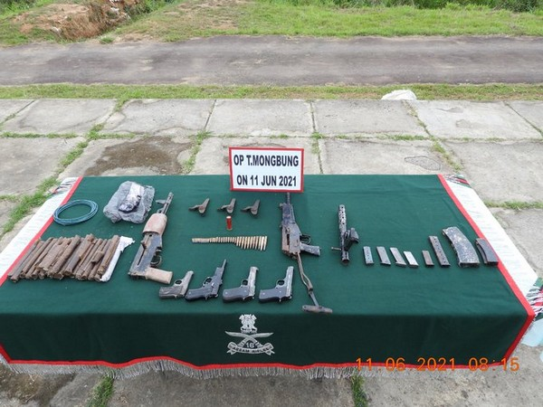 Items recovered by Assam Rifles in Manipur. (Photo/Assam Rifles)