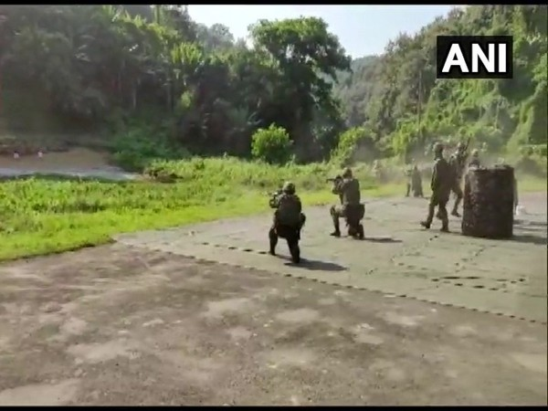 Indian and Japanese Army carrying out stadium clearance drills during the joint military exercise 'Dharma Guardian 2019' in Silchar on Saturday. Photo/ANI