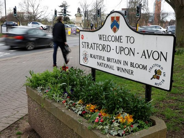 A welcome sign in Stratford-upon-Avon, Britain