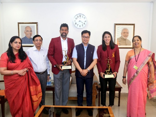 Union Sports and Youth Affairs Minister Kiren Rijiju conferred Arjuna Awards to tennis player Rohan Bopanna and women cricketer Smriti Mandhana.
